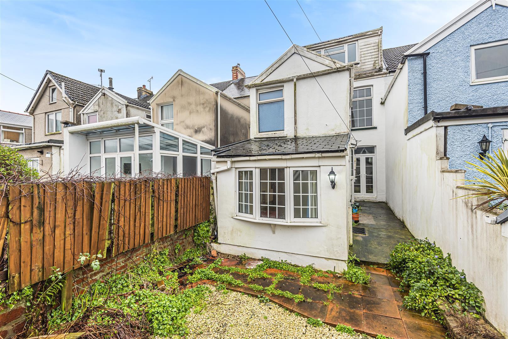 Victoria Avenue, Mumbles, Swansea, SA3 4NG